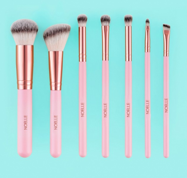 Noelle Brush Cosmetics