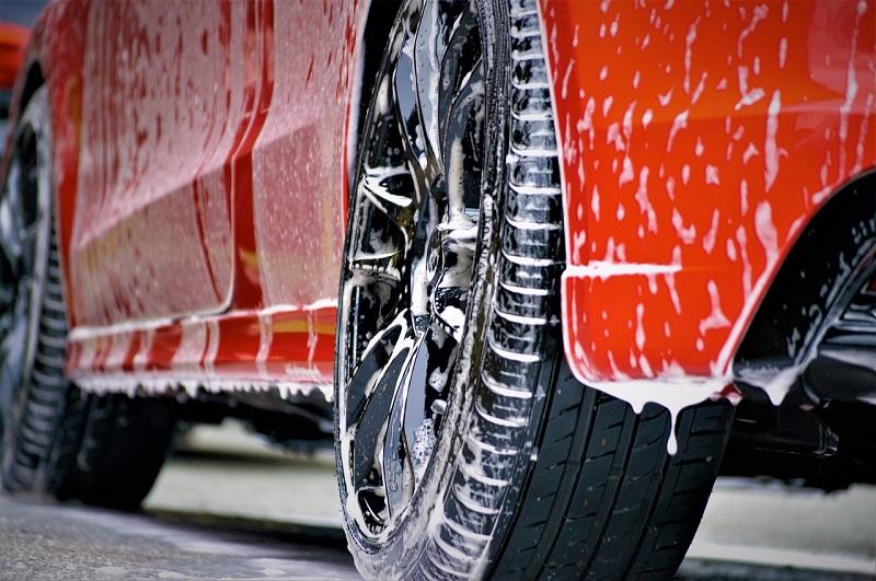 Autokosmetik für die Außenreinigung von Autos
